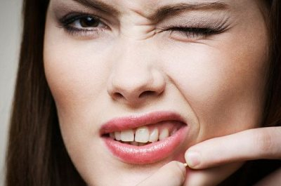 Ditch These 5 Bad Habits for Your Skin Fast
